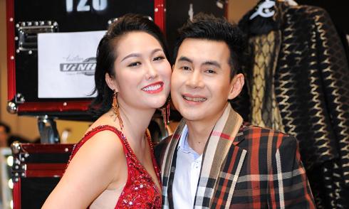 Phi Thanh Vân ủng hộ anh kết nghĩa Đoan Trường diễn thời trang