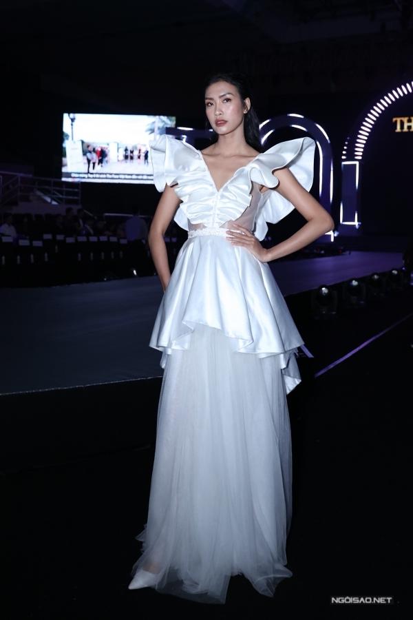 Quán quân Vietnams Next Top Model 2014