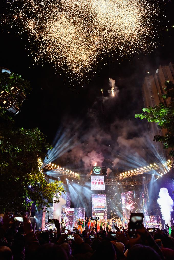 Hàng nghìn cư dân Ecopark dự lễ hội countdown, ngắm pháo hoa - 5