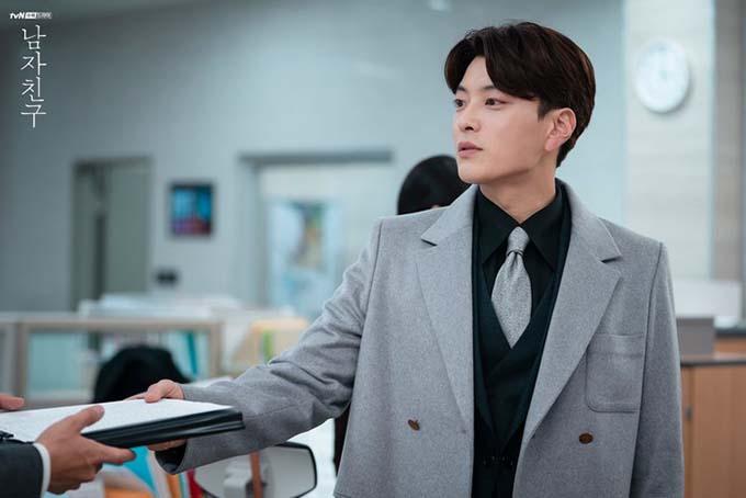 Vai diễn Woo Seok của Jang Seung Jo được yêu thích.