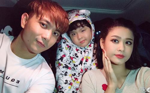 Gia đình nhỏ của Tim và Trương Quỳnh Anh khi còn hạnh phúc.