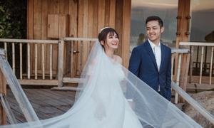 Ảnh cưới lãng mạn của cơ trưởng 'soái ca' Thanh Hiếu và bạn gái 9X