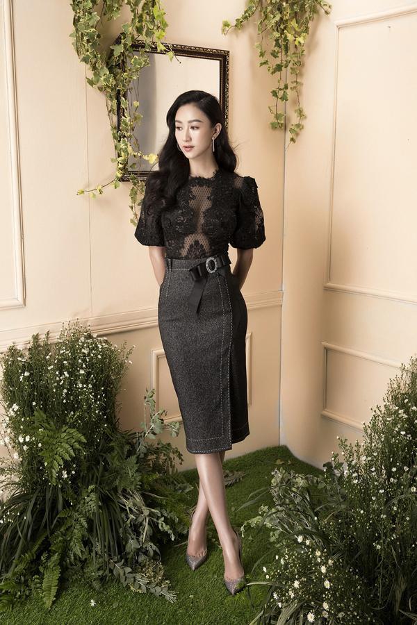 Những mẫu áo xuyên thấu táo bạo được phối hợp cùng chân váy tông màu trung tính để hoàn thiện set đồ đi tiệc.