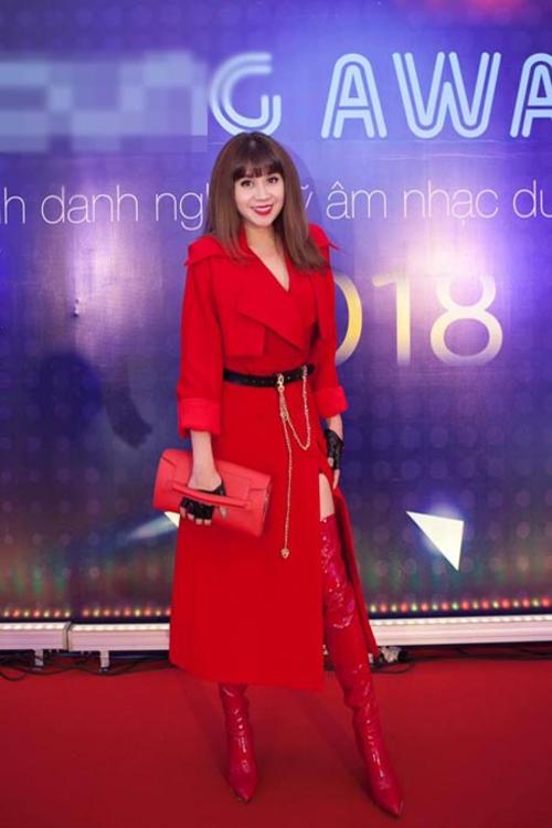 Nhạc sĩ Lưu Thiên Hương tạilễ trao giải thưởng.