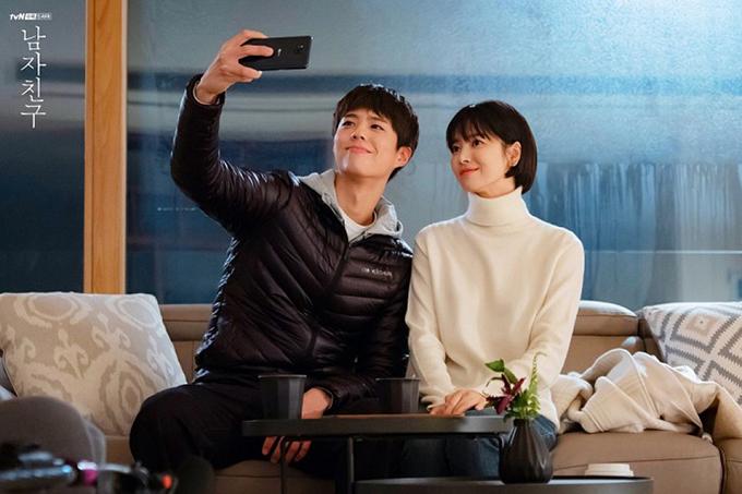 Soo Hyun và Jin Hyuk ngày càng vững tin vào tình yêu của mình.