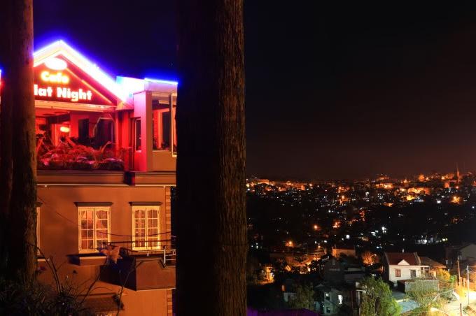 Những quán cà phê ngắm Đà Lạt về đêm - 4