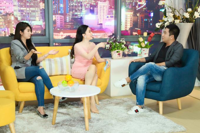 Ba nhân vật (từ trái qua) là diễn viên Thanh Trúc, MC Anh Thơ và tác giả Nguyễn Ngọc Thạch bàn luận sôi nổi khi gỡ rối cho khán giả.