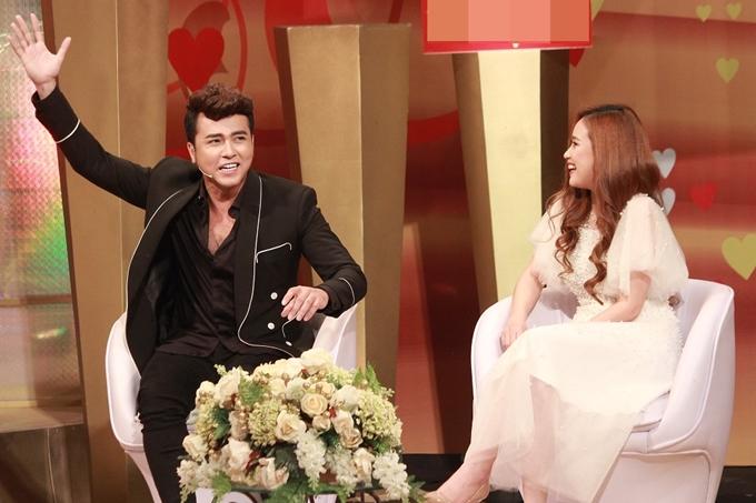 Cả hai chia sẻ nhiều câu chuyện về tình yêu và hôn nhân trong chương trình.