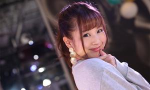 Kiên trì xoa vòng một 10.000 lần, mẫu nữ người Nhật tăng 2 size áo ngực