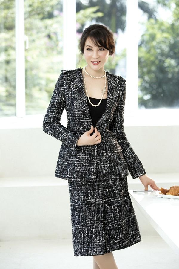 Trang phục có tính ứng dụng cao từ môi trường công sở đến buổi tiệc sang trọng.