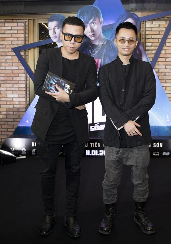 Tình cũ của Tóc Tiên là nhà sản xuất âm nhạc Hoàng Touliver (trái) cùng nhiều nghệ sĩ underground được mời dự event này.