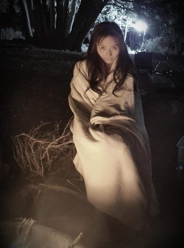 Đây là lần đầu Khánh Hiền hóa thân một nhân vật bị ma ám.