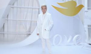 Dàn sao Việt tham dự show thời trang 'Feminism' ủng hộ Lý Quí Khánh