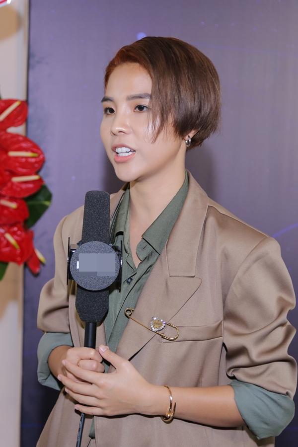 Ca sĩ Vũ Cát Tường có nhiều hoạt động nổi bật trong năm 2018. Mới đây, cô được vinh danh Ngôi sao Âm nhạc của giải thưởng Ngôi sao của năm do báo Ngoisao.net tổ chức.