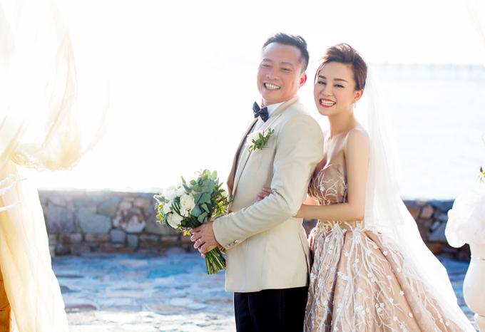 Đây là lần đầu chồng đại gia của Vy Oanh xuất hiện trongsản phẩm âm nhạc của cô.