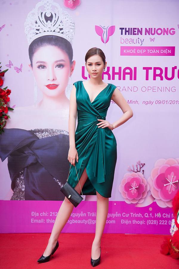 Á hậu các quốc gia 2017 - Thanh Trang