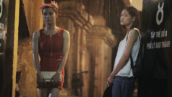 Thanh Duy và Thùy Anh trong phim Đập cánh giữa không trung.