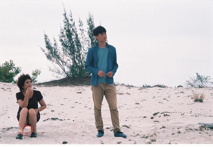 NSND Minh Châu và diễn viên trẻ Hoàng Hà trong phim Một khu đất tốt.