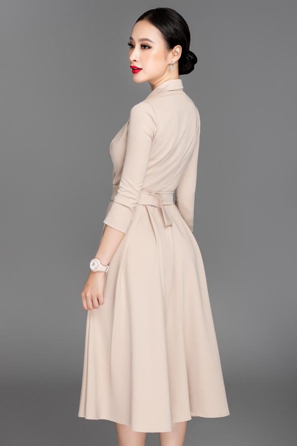 Cách bố trí đai lưng vải giúp các nàng có vòng eo thon gọn khoe được lợi thế hình thể. Đây cũng là mốt được ưa chuộng nhất mùa thời trang 2018 và hứa hẹn tiếp tục ăn khách ở xu hướng mới.