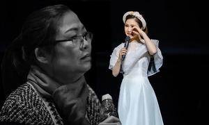 Hương Tràm xin lỗi vì không muốn mẹ ngồi hàng ghế đầu đêm liveshow