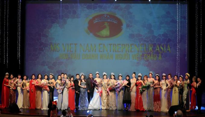 Kim Oanh đăng quang Hoa hậu Doanh nhân người Việt châu Á 2019