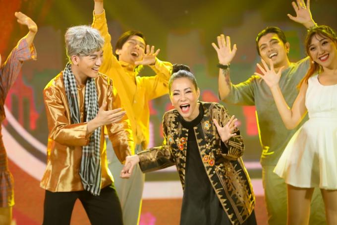 Ali Hoàng Dương và Thu Minh trong hình ảnh lúc về già trên sân khấu Gala nhạc Việt.