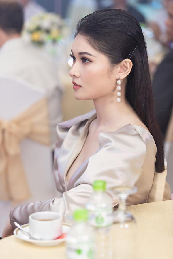 Image result for á hậu thuỳ dung