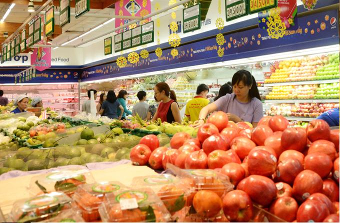 Chương trình giảm giá loạt mặt hàng dịp Tết được siêu thị áp dụng đến ngày 4/2.