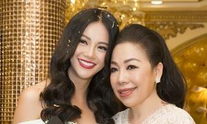 Sau ồn ào mua giải, Phương Khánh đi cảm ơn giám khảo Miss Earth