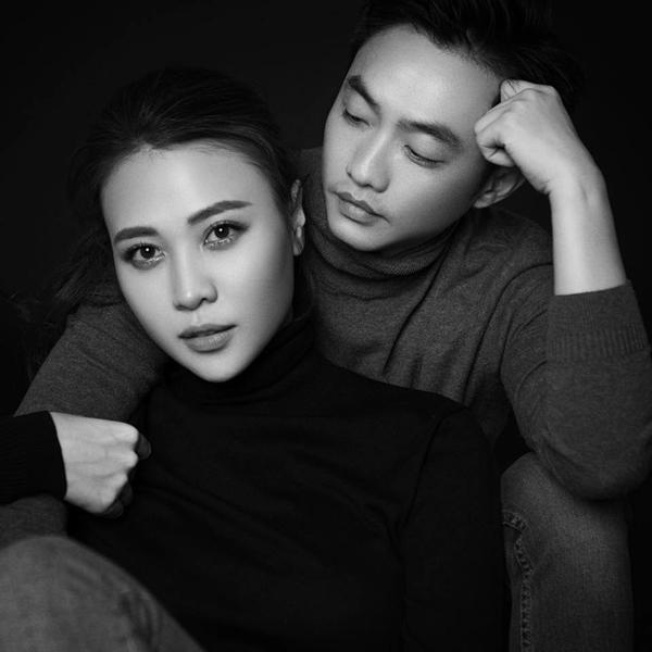 Đàm Thu Trang được mẹ Cường Đô La trao quà trong lễ đính hôn - 6