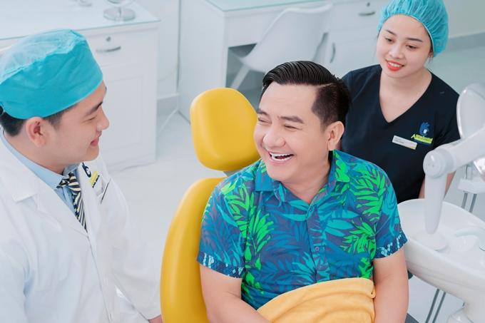 Anh Vũ khoe nụ cười rạng rỡ sau làm đẹp.