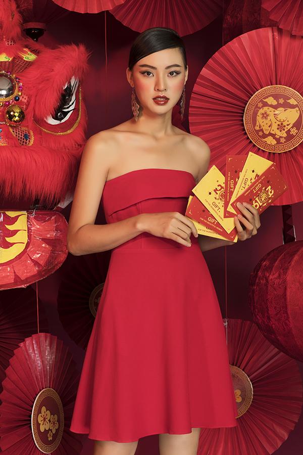 Đầm xòe đỏ cup ngực đầy quyến rũ HL02-20; giá: 420.000 đồng.