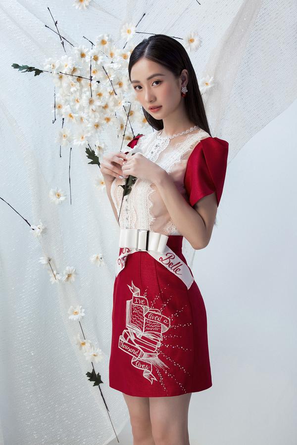 Đỗ Long giới thiệu loạt váy ngắn cho buổi tiệc mùa xuân