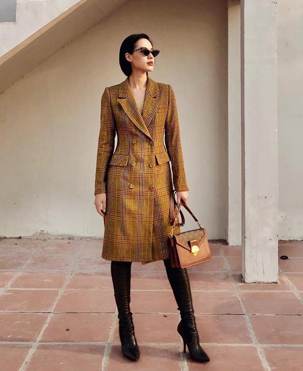 Khánh Linh The Face luôn thể hiện sự đầu tư về trang phục và phụ kiện để giúp mình nổi bật trước các trào lưu thời thượng.