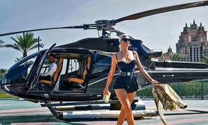 Con nhà giàu Dubai di chuyển bằng phi cơ, hóng gió trên du thuyền