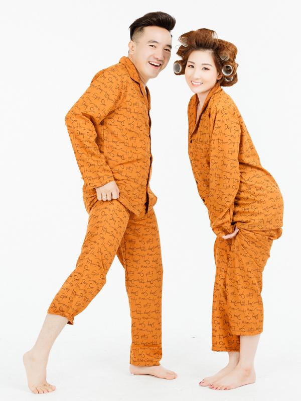 Dương Ngọc Thái làm mẫu ảnh cùng vợ - ca sĩ Triệu Ái Vy. Từ khi về chung nhà, Ái Vy rút lui khỏi sân khấu để làm hậu phương cho chồng và chăm sóc hai con gái nhỏ.