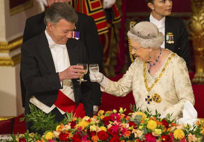 5 quy tắc cơ bản giúp thành viên Hoàng gia Anh sống khỏe, trẻ lâu - 3