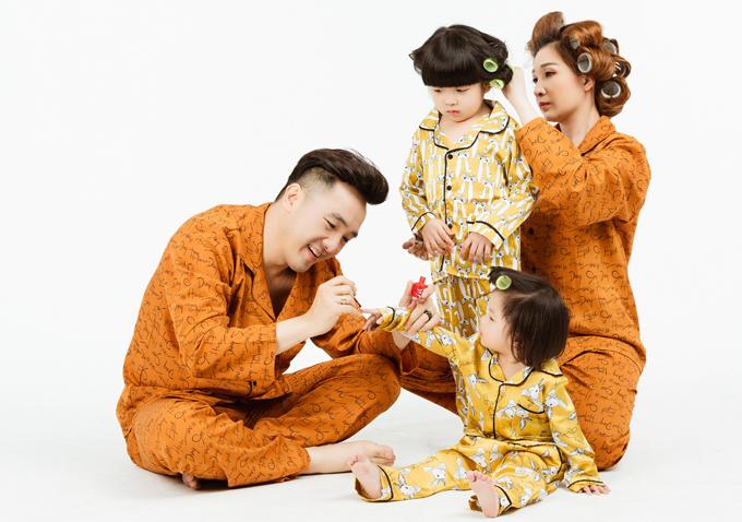 [Caption] Producer: Nguyễn Thiện Khiêm  Photo: Trường Sơn  Makeup: Kim Tuyến