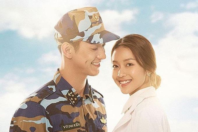 Khả Ngân đóng lại vai của Song Hye Kyo trong Hậu duệ mặt trời.