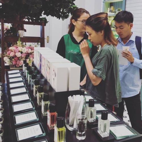 Hoa Hậu Hoàn Vũ Nhật Bản yêu thích nước hoa Lá Parfum - 3