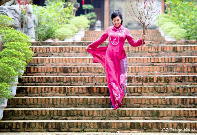 Diễn viên Chiều Xuân nền nã diện áo dài OZ Design House - 5