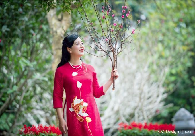 Diễn viên Chiều Xuân nền nã diện áo dài OZ Design House - 6