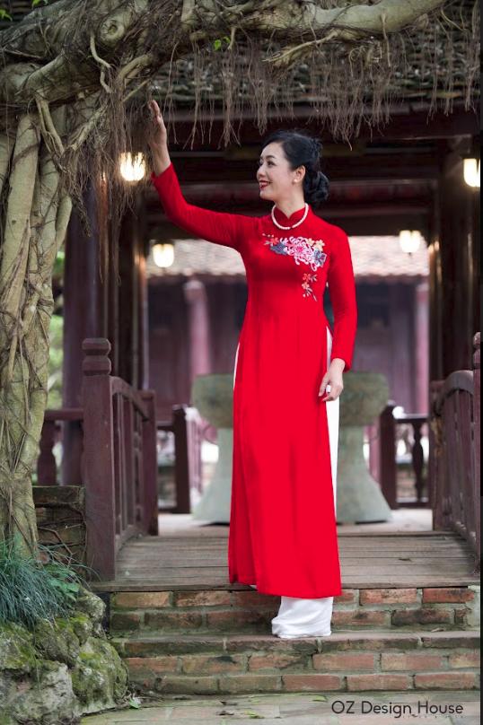 Diễn viên Chiều Xuân nền nã diện áo dài OZ Design House - 4