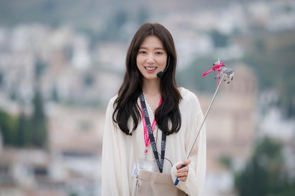 Phim bị chê tơi tả nhưng Park Shin Hye ghi điểm nhan sắc nhờ 3 thói quen  tốt - Ngôi sao