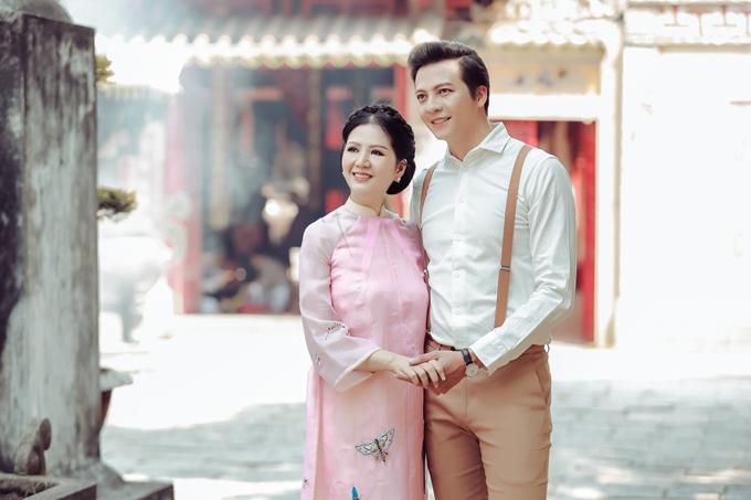 Đinh Hiền Anh tình cảm bên Hoàng Anh trong MV mới - 2