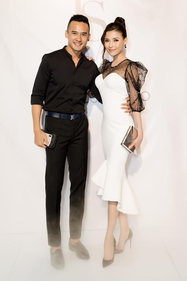 Vợ chồng Lương Thế Thành, Thúy Diễm ở show diễn của nhà thiết kế Lý Quí Khánh đầu tháng 1/2019.