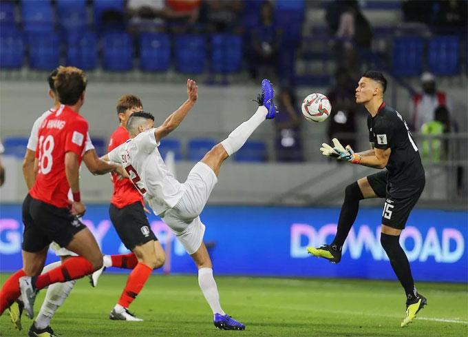 Đặng Văn Lâm vào top 5 thủ môn cứu thua nhiều nhất - 3