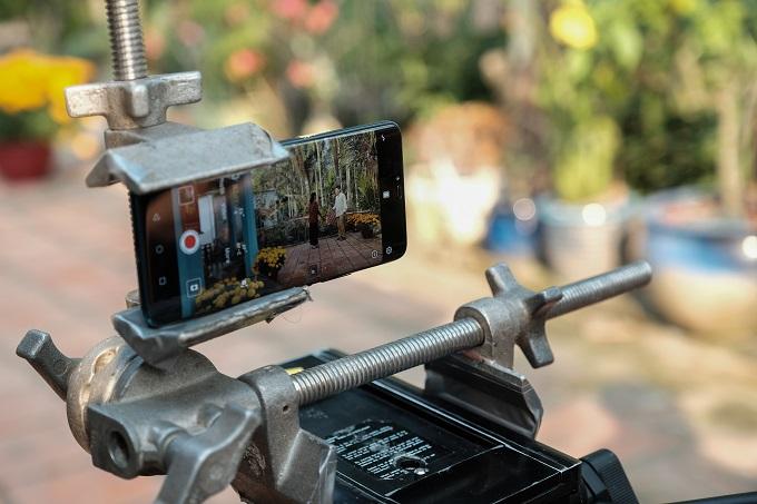 Huawei Mate 20 Pro cho chất lượng hình ảnh cao nhờ bộ ca cảm biến từ Leica.