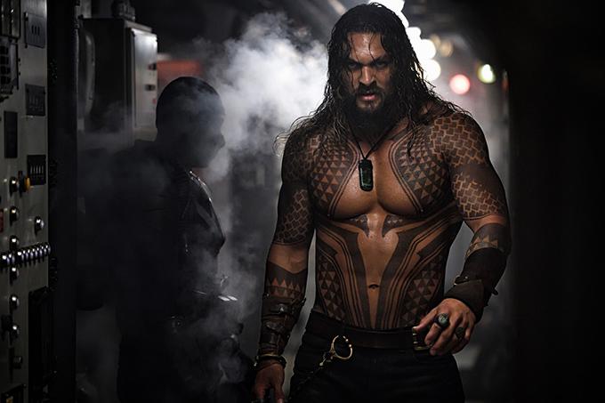 Jason Momoa trong tạo hình Aquaman.