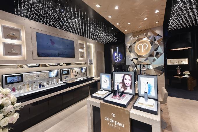 Clé de Peau Beauté kahi trương cửa hàng mỹ phẩm theo mô hình mới - 2